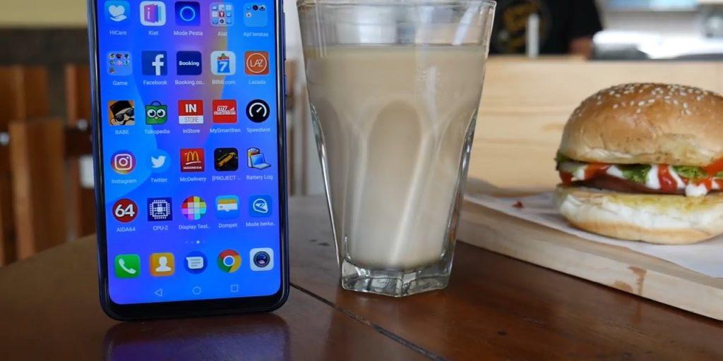 Huawei Nova 3i layar depan #2