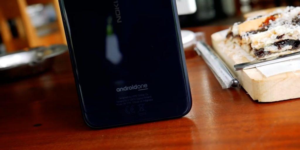 Nokia 6.1 plus belakang