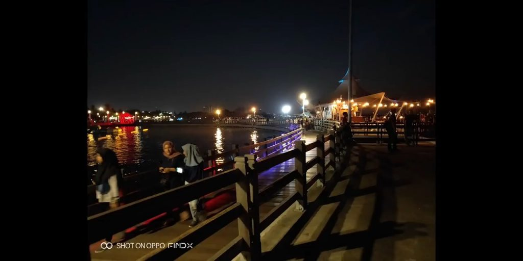 oppo find x hasil kamera belakang low light #3