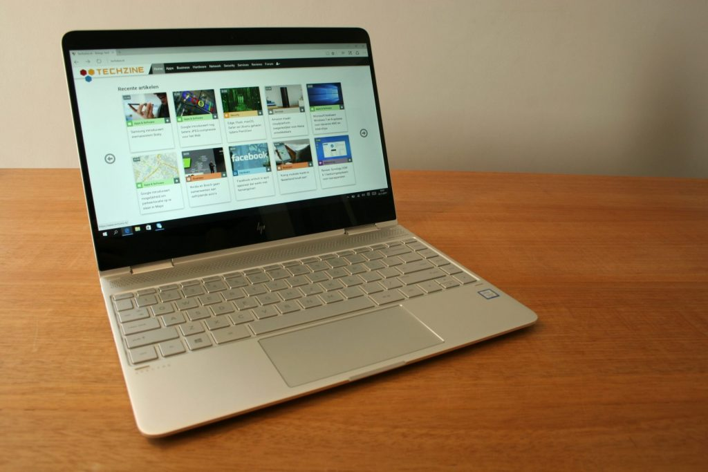 review Laptop HP Spectre 13 X360